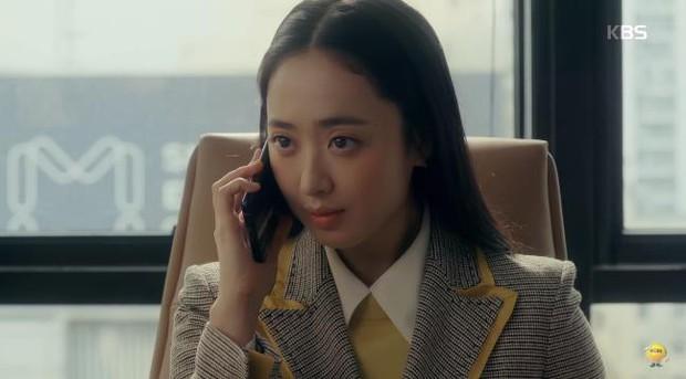 Tưởng làm thái tử sang lắm, ai ngờ Jung Il Woo vẫn hoàn nhọ: Hết người yêu đi làm osin đến bố bị phát lộn thuốc! - Ảnh 16.