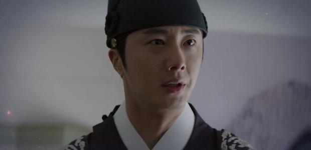 Tưởng làm thái tử sang lắm, ai ngờ Jung Il Woo vẫn hoàn nhọ: Hết người yêu đi làm osin đến bố bị phát lộn thuốc! - Ảnh 8.