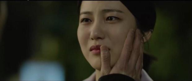 Tưởng làm thái tử sang lắm, ai ngờ Jung Il Woo vẫn hoàn nhọ: Hết người yêu đi làm osin đến bố bị phát lộn thuốc! - Ảnh 11.