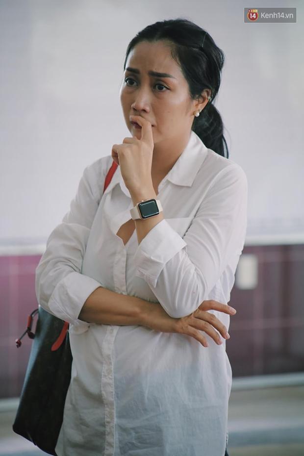 Hoa hậu Diễm Hương, MC Cát Tường và nhiều đồng nghiệp đến viếng đám tang cố nghệ sĩ Lê Bình - Ảnh 7.