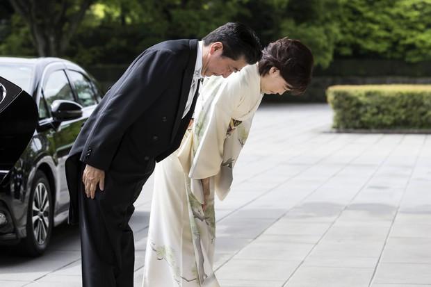 Ảnh: Thủ đô Tokyo náo nhiệt, trang nghiêm và đẹp như tranh vẽ trong ngày đầu tiên dưới thời Lệnh Hòa - Ảnh 8.