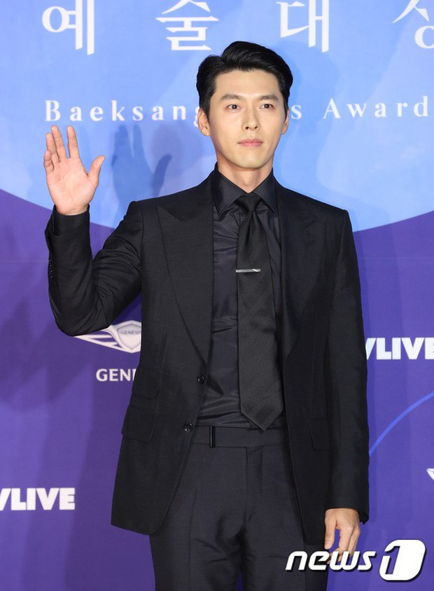 Siêu thảm đỏ khủng nhất lịch sử Baeksang: Suzy và IU xuất thần với đầm công chúa, Hyun Bin dẫn đầu 50 sao Hàn quyền lực - Ảnh 14.
