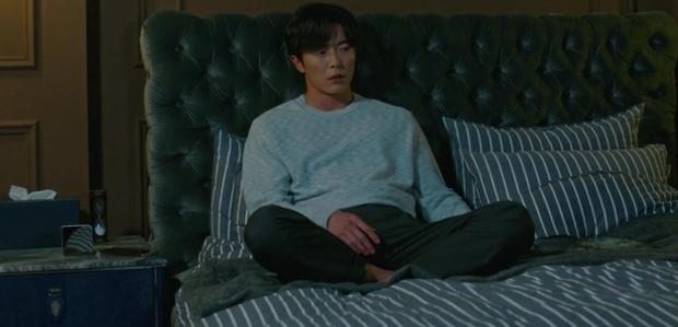 Hậu tỏ tình, Park Min Young lại khiến người yêu tức điên vì dám qua đêm với anh trai nuôi trong Her Private Life! - Ảnh 3.