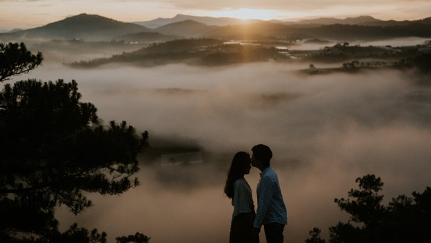 Anh và Hương - Bộ ảnh kỷ niệm một năm ngày cưới của cặp đôi LGBT giữa Đà Lạt mộng mơ khiến nhiều người xuýt xoa - Ảnh 7.