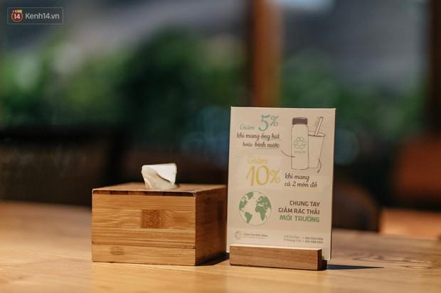 Dùng cốc giấy nhưng đậy bằng nắp nhựa, quán trà Hà Nội vẫn chiếm cảm tình khách hàng vì lời nhắn: Xin lỗi vì chúng tôi chưa tìm ra giải pháp... - Ảnh 3.
