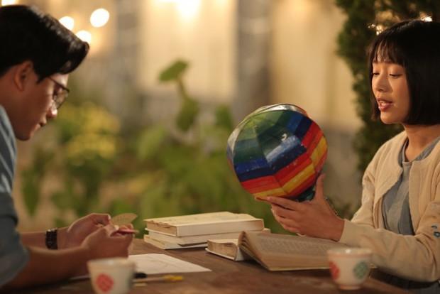 4 mối tình thầy trò đình đám trên màn ảnh Việt: Cặp đôi đầu tiên đang khiến dân tình bấn loạn - Ảnh 5.