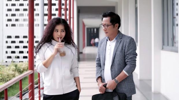 4 mối tình thầy trò đình đám trên màn ảnh Việt: Cặp đôi đầu tiên đang khiến dân tình bấn loạn - Ảnh 2.