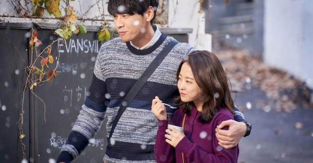 Park Bo Young trở lại với Abyss: Phát huy thế mạnh xéo sắc đáng yêu hay an toàn nhàm chán? - Ảnh 2.