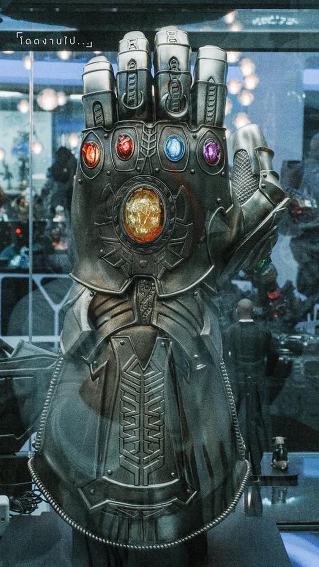 Muôn kiểu fan Marvel: Cuồng đến mức mở hẳn quán cà phê chứa đầy mô hình tiền tỷ! - Ảnh 12.
