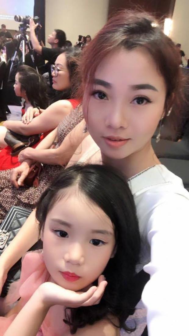 Nhan sắc đời thường trong trẻo của cô bé vừa đăng quang Hoa hậu Hoàn vũ nhí thế giới 2019 - Ảnh 13.