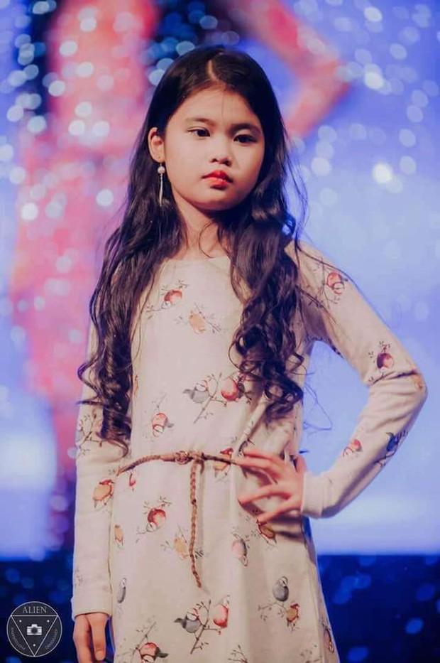 Nhan sắc đời thường trong trẻo của cô bé vừa đăng quang Hoa hậu Hoàn vũ nhí thế giới 2019 - Ảnh 18.