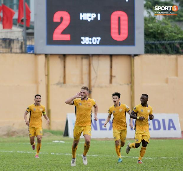 Xuân Trường và 6 nhân tố tạo nên một cuối tuần lạ lùng bậc nhất cho bóng đá Việt Nam - Ảnh 5.
