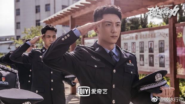 Netizen Trung khen phim mới của Hoàng Cảnh Du nức nở, quên luôn phốt ngoại tình chưa nguội - Ảnh 11.
