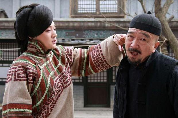 Không thể nhận ra Tể Tướng Lưu Gù một thời giờ nhìn phong độ chất chơi thế này! - Ảnh 5.