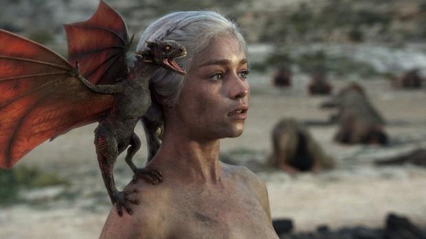 Vì điều ghê gớm này, Mẹ Rồng cay đắng tự thú: Mị chỉ đẹp xuất sắc khi đóng Game of Thrones thôi! - Ảnh 10.