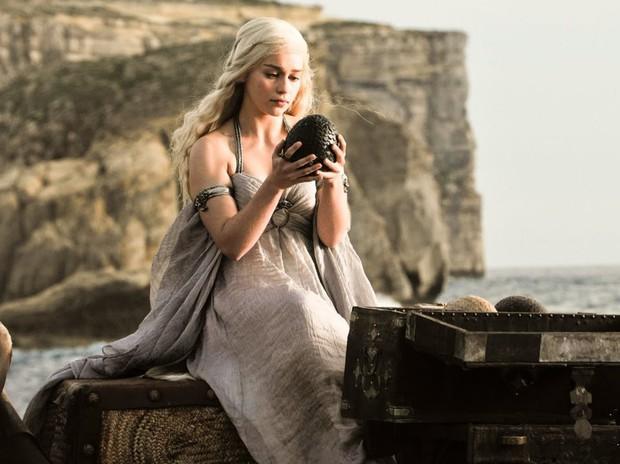 Vì điều ghê gớm này, Mẹ Rồng cay đắng tự thú: Mị chỉ đẹp xuất sắc khi đóng Game of Thrones thôi! - Ảnh 12.