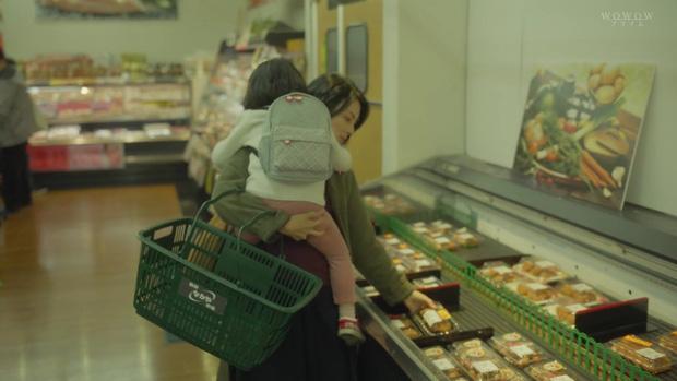 Rùng mình ám ảnh với phim phơi bày chứng trầm cảm sau sinh: Vì mẹ chồng mà tự nhấn nước con sơ sinh! - Ảnh 23.