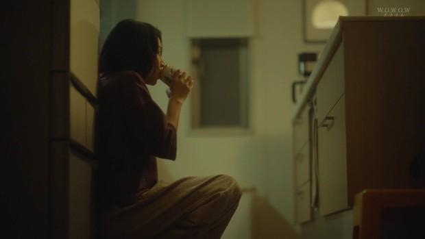 Rùng mình ám ảnh với phim phơi bày chứng trầm cảm sau sinh: Vì mẹ chồng mà tự nhấn nước con sơ sinh! - Ảnh 6.
