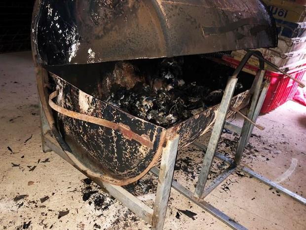 Vụ chồng giết vợ đốt xác phi tang: May mắn là hai bé gái được bình an - Ảnh 3.