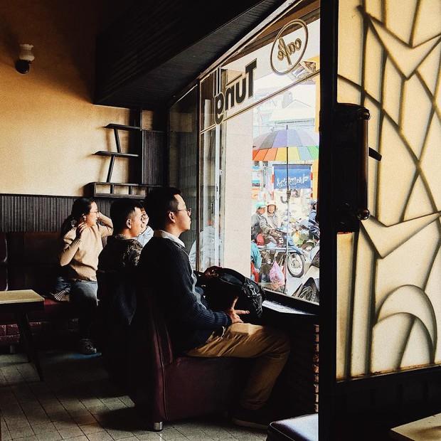 Cafe Tùng và những miền ký ức chưa kể về một hồn thơ Đà Lạt rất riêng, rất cũ giữa thời hiện đại! - Ảnh 13.