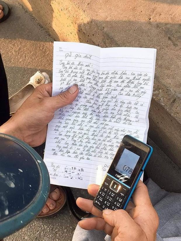 Xót xa lá thư gửi gia đình của cô gái trẻ trước khi nhảy cầu Bãi Cháy tự tử: Con sang bên kia, con rất nhớ và muốn gặp mẹ... - Ảnh 1.