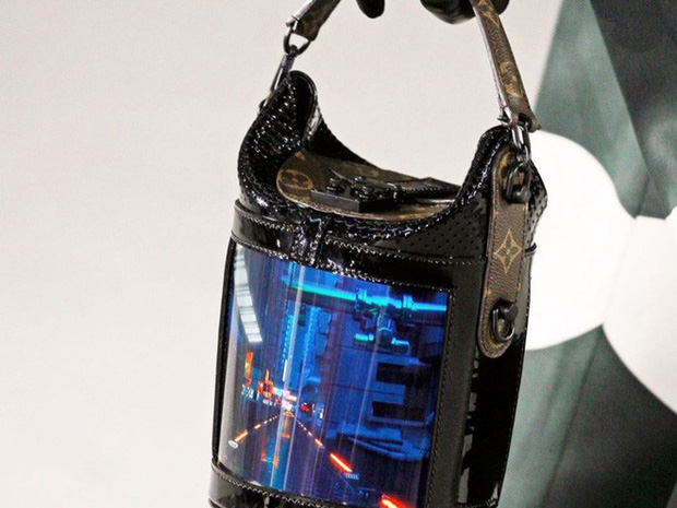 Đẳng cấp mới của Louis Vuitton: Tích hợp màn hình OLED vào túi xách, thời gian hiển thị tận 4 tiếng - Ảnh 3.