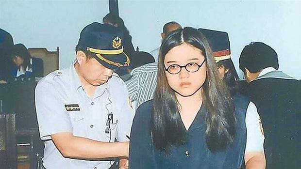 Vụ án gây chấn động Đài Loan: Thi thể cháy đen của nữ sinh viên cùng chiếc bao cao su đã dùng tố cáo tội ác man rợ của cô bạn thân - Ảnh 2.