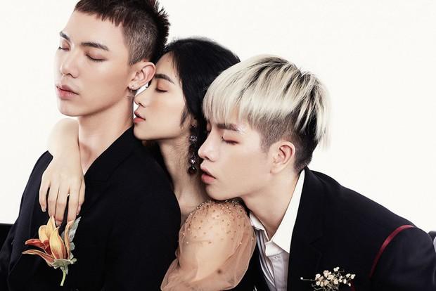 Một mặt ủng hộ Đức Phúc, Hòa Minzy lẫn Erik cũng không quên... quảng cáo ca khúc mới của mình - Ảnh 3.