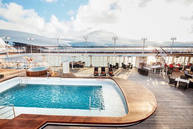 Tour du lịch chỉ dành cho những ai nhiều tiền: Đi khắp 6 lục địa, qua đêm tại phòng VIP trị giá hơn 9 tỷ đồng - Ảnh 4.