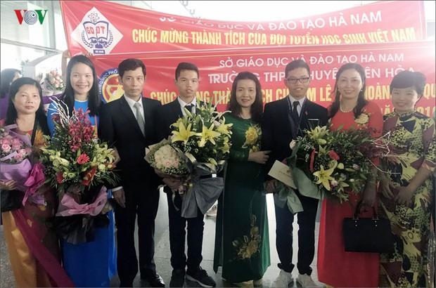 Giành 7 giải, đội tuyển Olympic Vật lý châu Á trở về trong hân hoan - Ảnh 9.