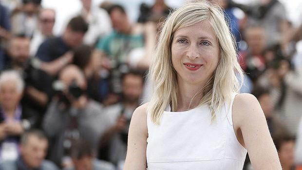 Chẳng cần chiêu trò váy áo, ăn vạ thảm đỏ, 7 gương mặt này vẫn tỏa sáng LHP Cannes năm nay! - Ảnh 7.