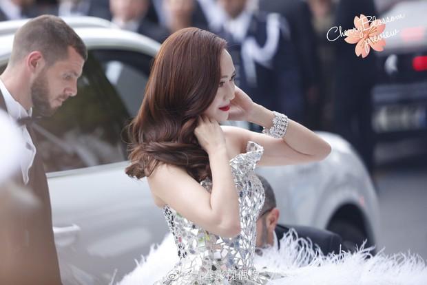 Màn xuất hiện gây mê, siêu sang chảnh không khác gì công chúa của Jessica Jung tại LHP Cannes - Ảnh 4.