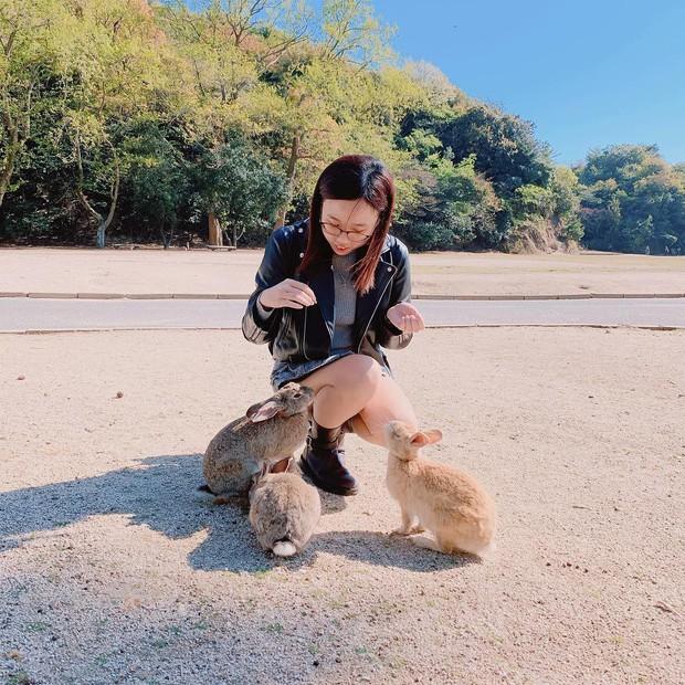 Góc đáng yêu: Hòn đảo thỏ nhiều hơn người ở Nhật Bản, nhìn thôi cũng đã muốn chết chìm vì sự cute  - Ảnh 4.