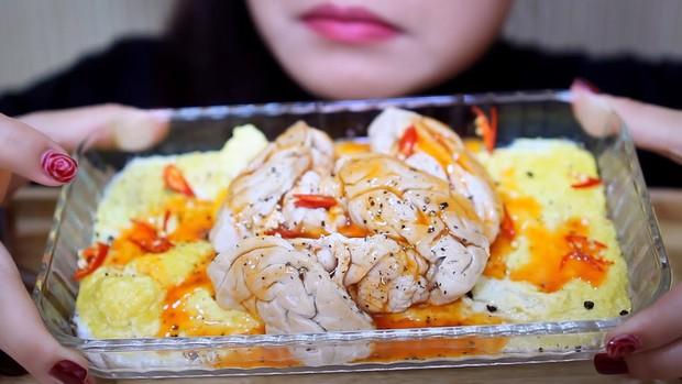 Những bộ phận của lợn rất phổ biến trong ẩm thực châu Á nhưng lại có thể doạ người phương Tây - Ảnh 4.