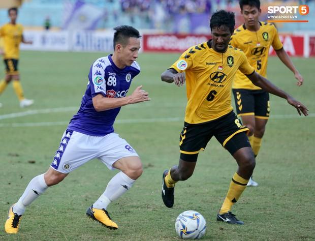 HLV Hà Nội FC đề xuất được đặc cách ở V.League để tập trung tiến xa tại Cúp châu Á - Ảnh 1.