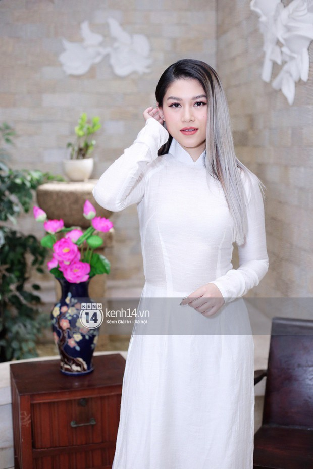 Phương Khánh để tóc mái bằng, khoe eo thon 54 cm cũng chưa chặt chém bằng mỹ nhân đeo nhẫn 5,5 tỷ đồng dự sự kiện - Ảnh 10.