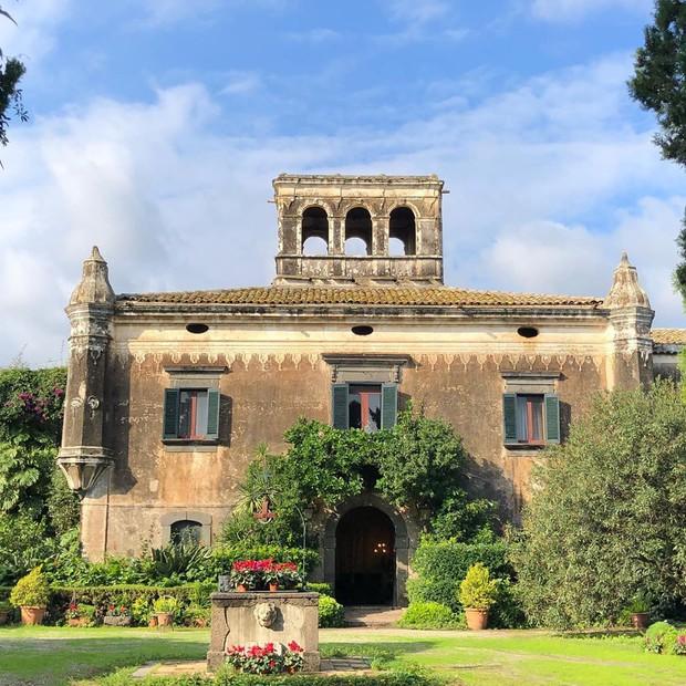 """Có gì tại hòn đảo được mệnh danh là """"thánh địa mafia"""" kì lạ hút hàng triệu du khách mỗi năm ở Ý? - Ảnh 14."""