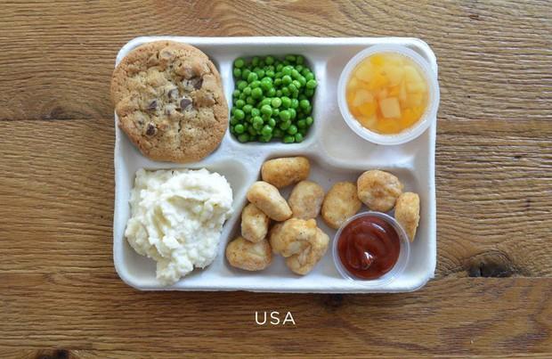 Lác mắt với bữa ăn trưa tiêu chuẩn tại trường của trẻ em trên thế giới, phụ huynh Việt trông thấy đều: Ước gì! - Ảnh 5.