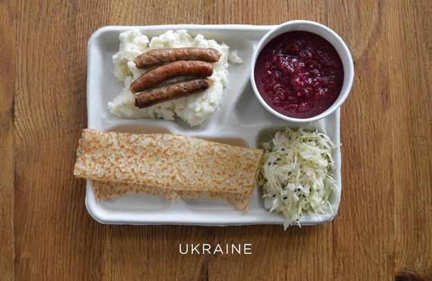 Lác mắt với bữa ăn trưa tiêu chuẩn tại trường của trẻ em trên thế giới, phụ huynh Việt trông thấy đều: Ước gì! - Ảnh 6.