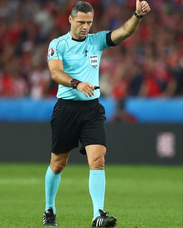 Profile trọng tài bắt chính chung kết Champions League diễn ra đêm nay: Đẹp trai, cơ bắp, làm trọng tài chỉ là nghề tay trái - Ảnh 3.