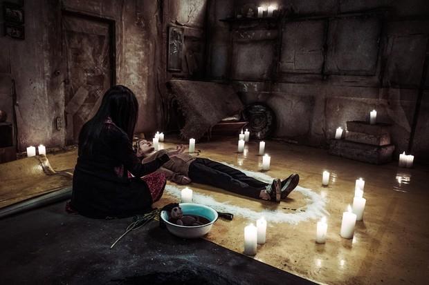 Liều lĩnh săn ma, Jung Eun Ji (Apink) gặp nạn trong phim mới 0.0MHz - Tần Số Chết - Ảnh 5.