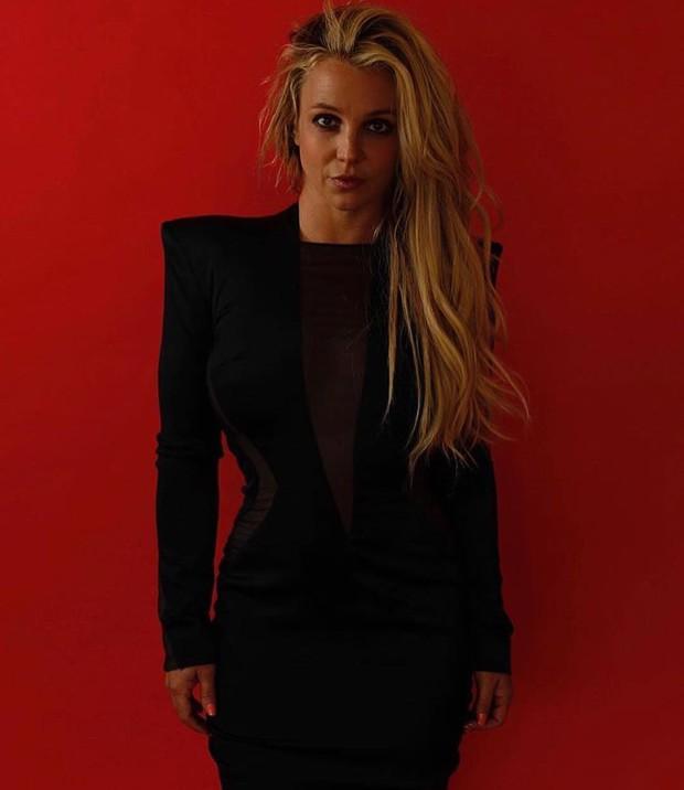 Gần 19 năm ngày ca khúc này ra mắt, phải chăng nó đã vận vào chính cuộc đời của Britney Spears? - Ảnh 1.