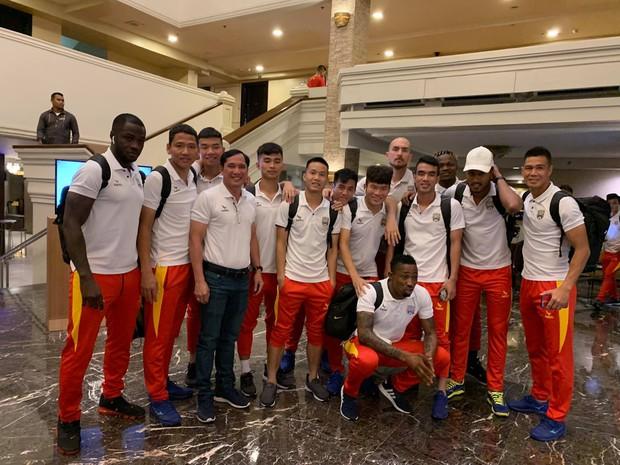 Dân mạng đến quỳ với Anh Đức: Cùng Bình Dương vượt qua vòng bảng AFC Cup mới đăng ảnh kêu gọi fan cổ vũ đội thi đấu - Ảnh 1.