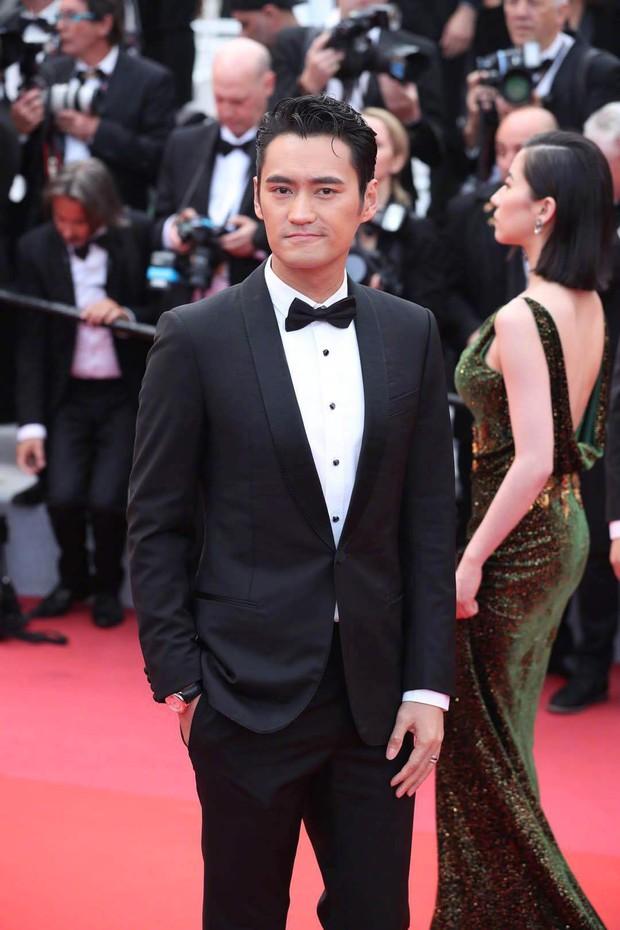Thảm đỏ Cannes ngày 2: Thiên thần Victorias Secret suýt lộ hàng, Phạm Băng Băng Thái Lan xinh như tiên tử - Ảnh 39.