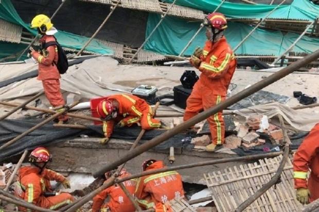 5 người chết, nhiều người bị thương trong tòa nhà đổ sập ở Thượng Hải - Ảnh 4.