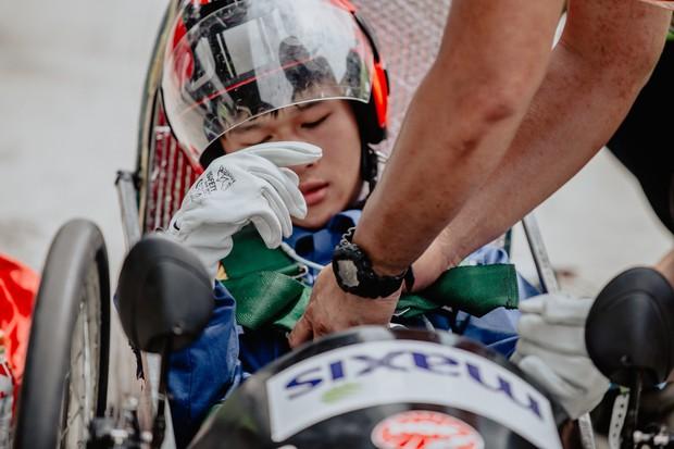 Những khoảnh khắc căng thẳng và vỡ òa trong chiến thắng của sinh viên Việt Nam tại Shell Eco-marathon 2019 - Ảnh 5.