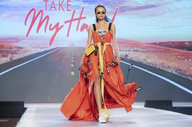 Dàn sao Việt đình đám quy tụ trong fashion show hoành tráng do Thanh Hằng làm vedette - Ảnh 12.