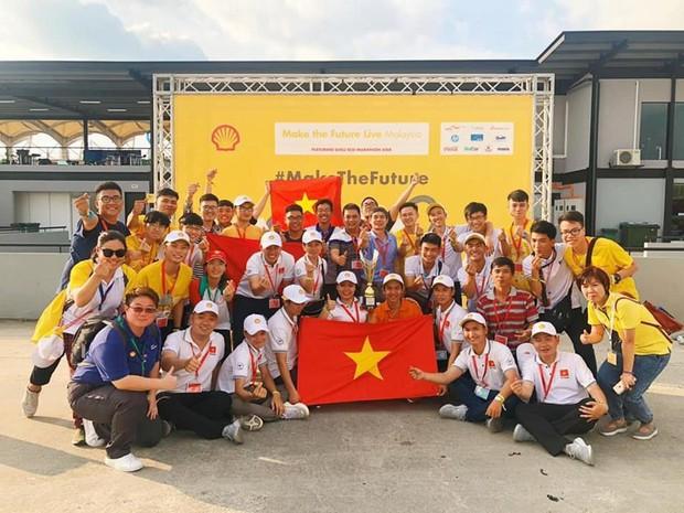 Những khoảnh khắc căng thẳng và vỡ òa trong chiến thắng của sinh viên Việt Nam tại Shell Eco-marathon 2019 - Ảnh 13.