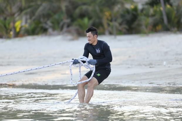 Trước khi gây chú ý tại Running Man Việt, Liên Bỉnh Phát từng bị loại khá sớm ở 1 gameshow về thể lực khác - Ảnh 2.