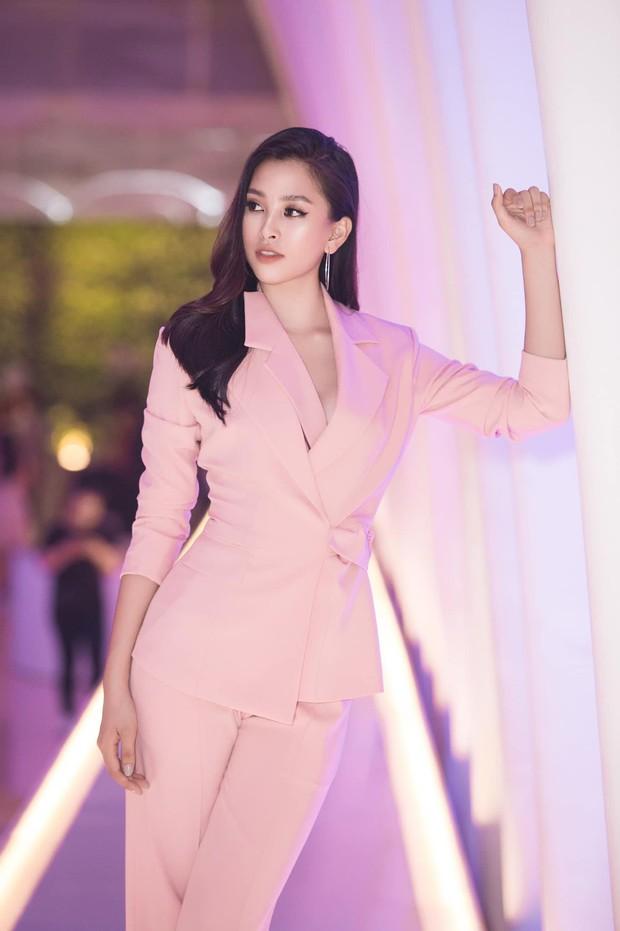 Thế hệ mỹ nhân 10x của Vbiz: Người sở hữu vòng eo nhỏ nhất showbiz, người là Hoa hậu mang nét đẹp lai Tây gợi cảm hút hồn - Ảnh 5.